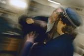 Våld mot tjänstekvinna