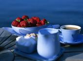Jordgubbar och kaffe