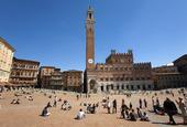 Torre del Mangia, Piazza del Campo i Siena, Italien