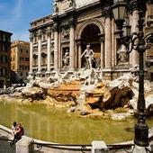 Fontana di Trevi i Rom, Italien