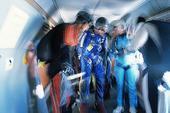 Fallskärmshoppare i flygplan