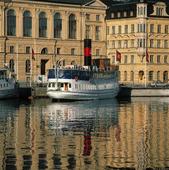 Skärgårdsbåt i Nybroviken, Stockholm