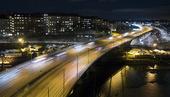 Kvällstrafik på motorvägen i Stockholm