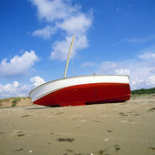 Strandad båt