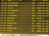 Informationsskkylt på flygplats