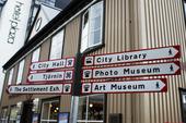 Vägvisare i Reykjavik, Island.
