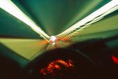Bilkörning i tunnel