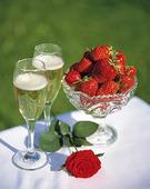 Champagne och jordgubbar