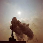 Rök från fabrik