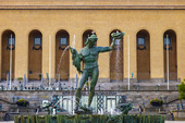 Statyn Posidon på Götaplatsen i Göteborg