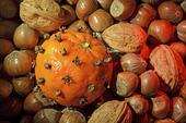 Clementin och nötter
