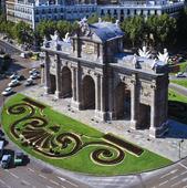 Puerta de Alcalá i Madrid, Spanien