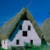 Gård med agtäckt tak, Gotland