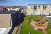 Lekplats i bostadsområde