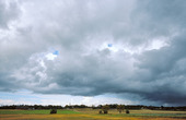Mörka moln, Västergötland