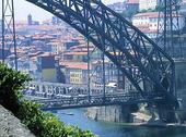 Bro i Oporto, Portugal