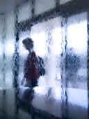 Människa i glasfönster