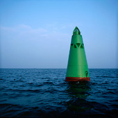 Grön farledsboj