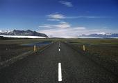 Landsväg, Island