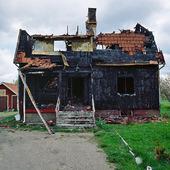 Eldhärjat hus