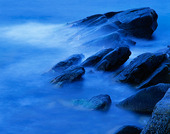 Klippor i vatten