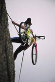 Bergsklättring med cykel