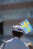 Man med Svensk flagga