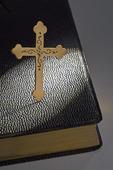 Guldkors och bibel