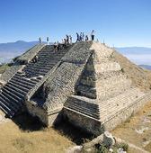 Pyramid i Monte Alban, Mexico