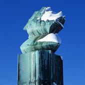 Monument på Stenpiren, vinter