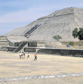 Solpyramiden i Teotihuacan, Mexico