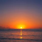 Soluppgång i Stilla Havet