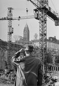 Byggkranar vid Masthugget,  Göteborg 1960-talet