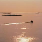 Motorbåt på havet