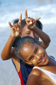 Flickor på Cuba