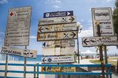 Informationsskyltar vid Naxos på Sicilien, Italien