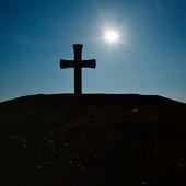 Kors i motljus