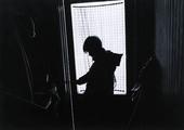 Människa i fönster