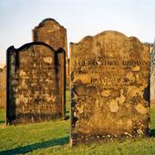 Gravstenar på Tynemouth kyrkogård, Newcastle