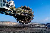 Stor maskin för brytning av öppen fältkolgruva