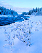 Vattendrag i vinternatur