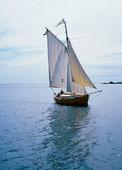 Äldre segelbåt