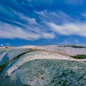 Himmel och klippor
