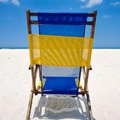 Solstol på strand