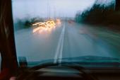 Bilkörning i regnväder