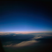 Himmel ovan molnen