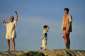 Familj på klippa