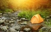 Campingtält i naturen