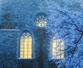 Ljus i slottsfönster
