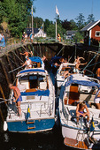 Fritidsbåtar i sluss, Dalsland